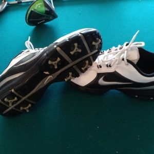 nike golf shoes size 10.5